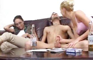 Küssen sexfilme mit ältere frauen