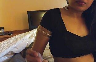 Zhopastenkaya pornofilme mit frauen ab 60 Mädchen stützte sich auf die Glieder eines Mannes