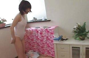 Ihr Freund gratis sexfilme reife frauen überredete die jungen Pfadfinder, ihre Beine zu strecken
