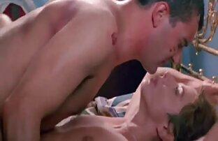 Ein Mann fickt zwei Frauen mit voller pornofilme von reifen frauen Zufriedenheit