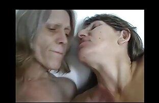 Sie stieß ein sexfilm mit alten frauen Mitglied in Fett, und umarmte ihn ins Bett