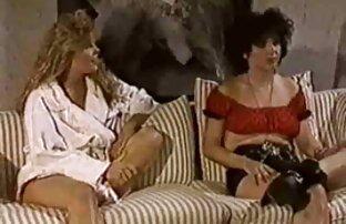 Freundin sexfilme mit ältere frauen teilen eine Stange